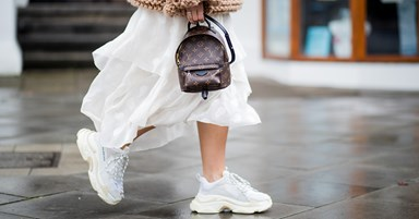 9 Outfits That Look Better Worn With Sneakers
