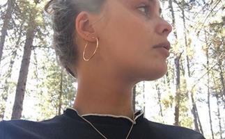 french girl jewellery