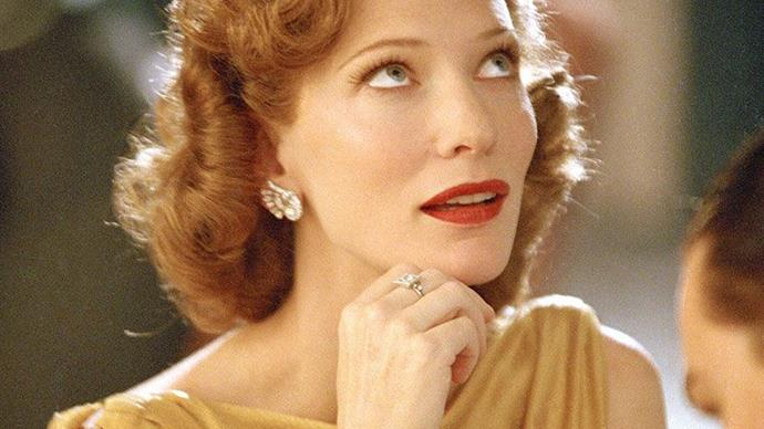 Gallery of stars with red lipstick in movies and film