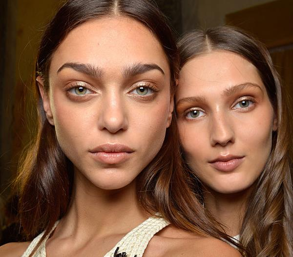 How To Apply Bronzer In Four Easy Steps