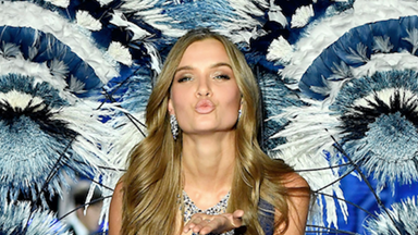 Here's Your First Look At The 2018 Victoria's Secret Show Runway Looks