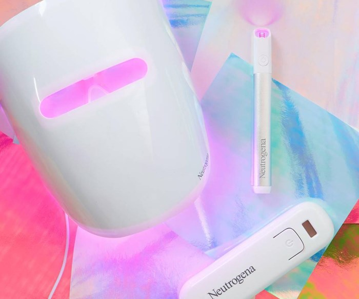 This New LED Light Mask Is Game-Changing For Acne Sufferers