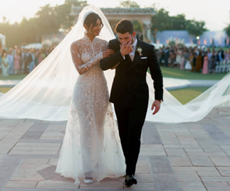 The Official Photos From Priyanka Chopra And Nick Jonas' Wedding Have Been Released