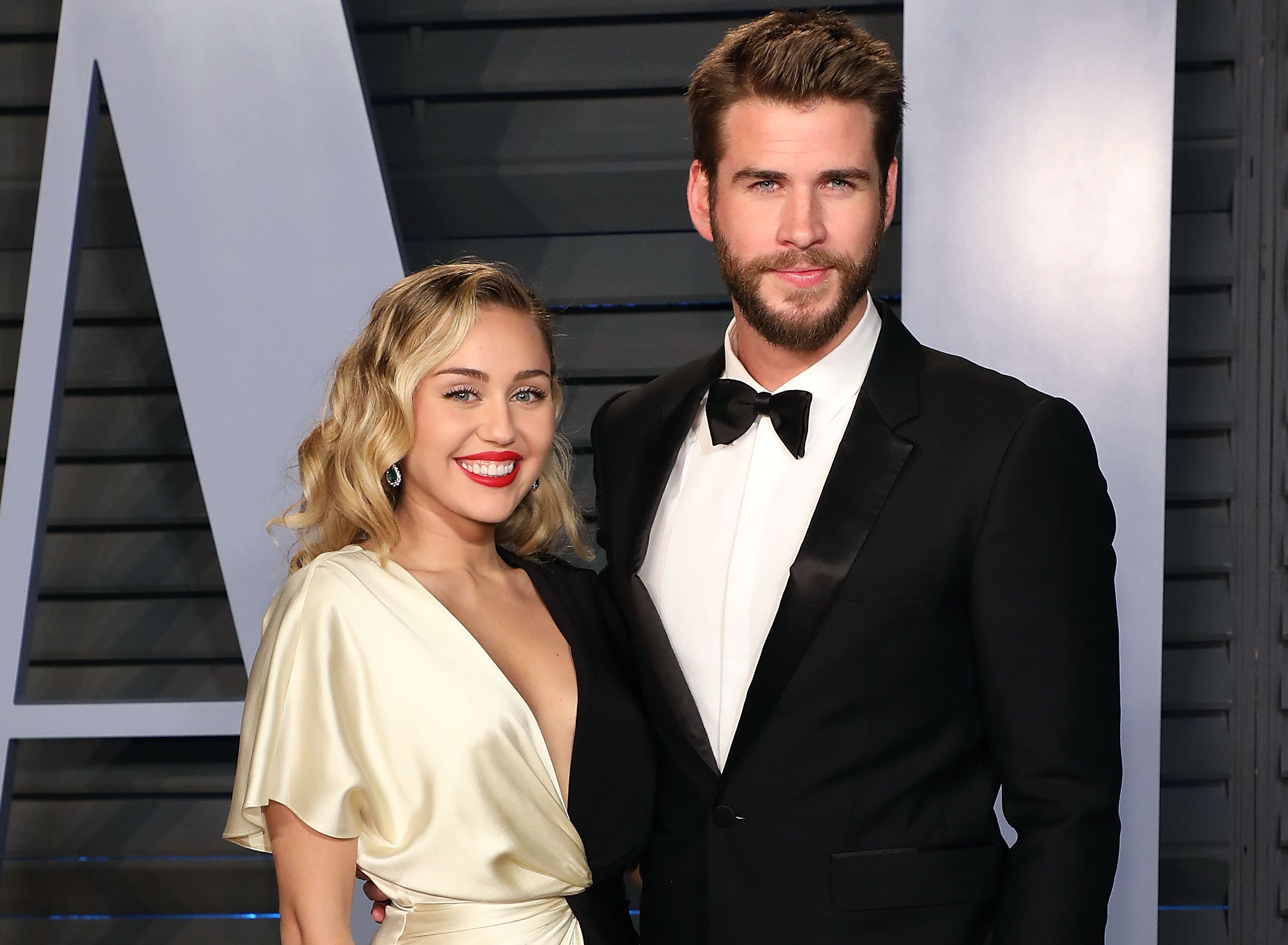 Miley Cyrus and Liam Hemsworth secretly marry