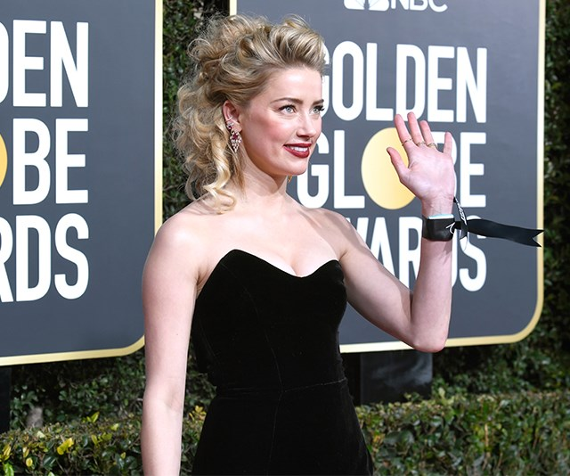 The Accessory Almost Every Actress Is Carrying On The 2019 Golden Globes Red Carpet