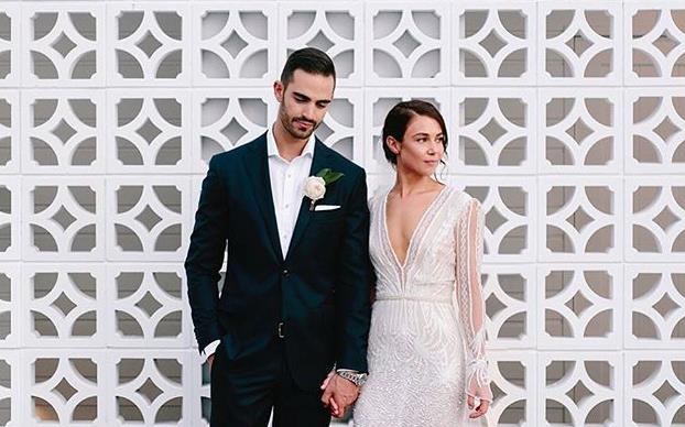 Sydney wedding photographers.