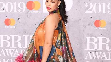 Every Must-See Look From The 2019 Brit Awards