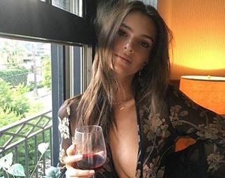 emily ratajkowski wine