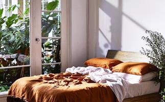 interiors bedroom decorating mistakes