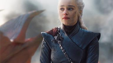 'Game Of Thrones' Creators Explain That Daenerys 'Mad Queen' Twist
