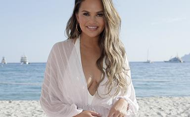 Chrissy Teigen Just Responded To That Cruel Meme About Her Butt