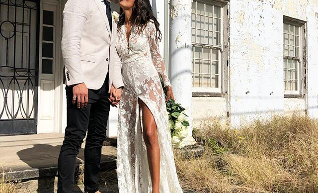 ELLE Weddings: This Bride's Sheer Dress Was A Vintage Find