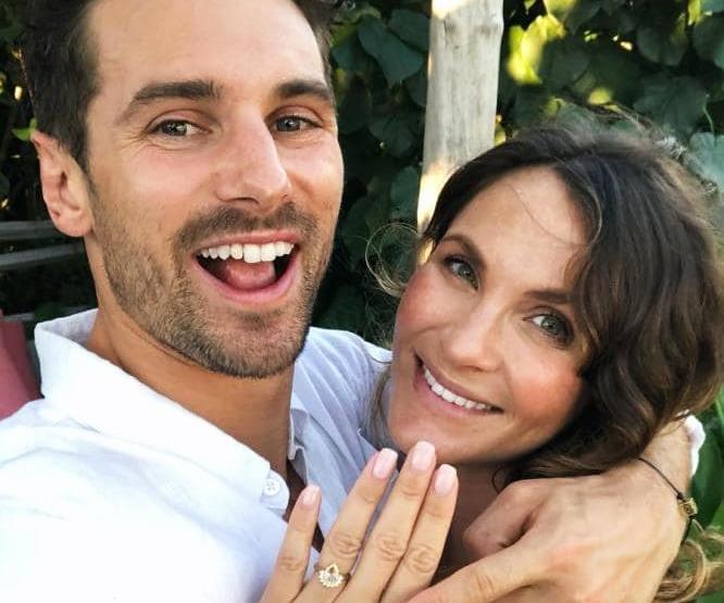 Matty J and Laura on The Bachelor Australia.