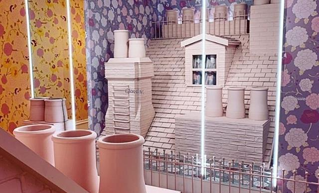 See Inside Glossier's Gorgeous London Pop-Up Store