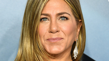 Jennifer Aniston Uses Horse Shampoo And We Don't Know How To Feel