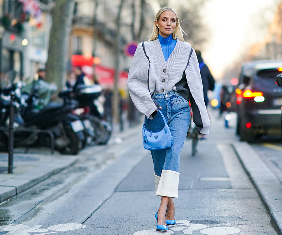 10 Cropped Flare Jeans To Add To Your Wardrobe