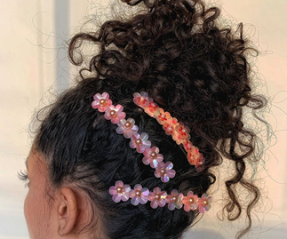 11 Ridiculously Chic Hairstyles For Girls With Curls