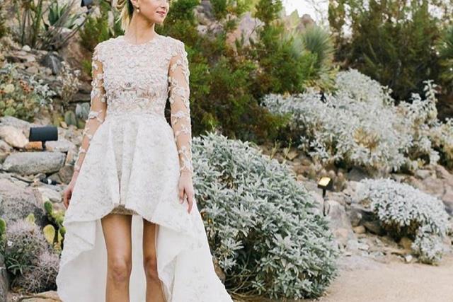 Celebrities who wore short wedding dresses.
