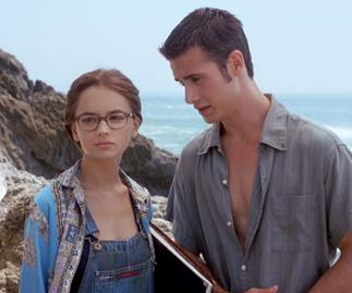 We're Getting A 'She's All That' Remake With Addison Rae As... Freddie Prinze Jr?