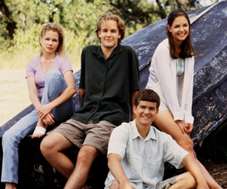 Get Out Your Flannel Shirts And Some Tissues Because 'Dawson's Creek' Is Coming To Netflix Real Soon