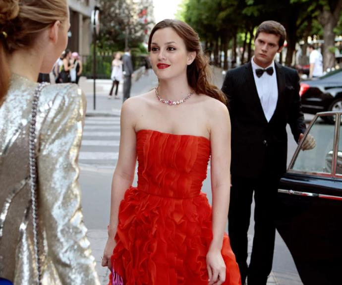 Emily in Paris copying Blair Waldorf's style.