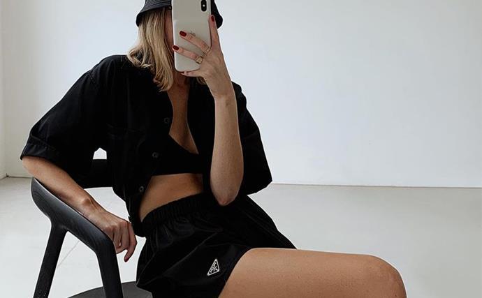 Carmen Grace Hamilton influencer mirror selfie trick