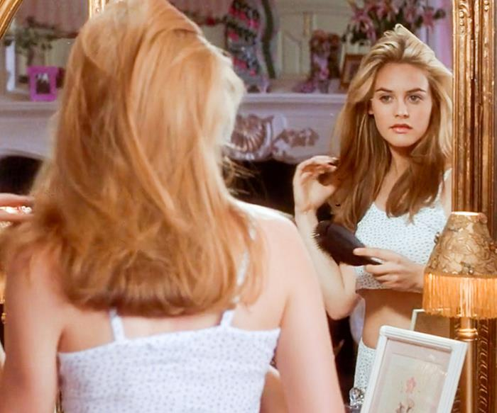 Alicia Silverstone 90s blowout hair in Clueless