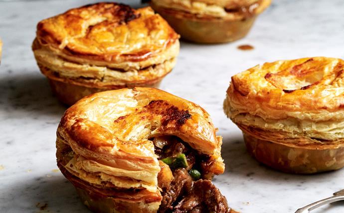 Beef rendang pies
