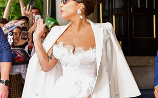 Lady Gaga Channels Her Inner Signora With A Fashion Reincarnation Sophia Loren Would Be Proud Of