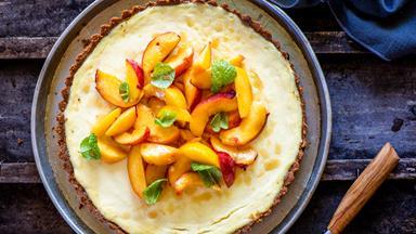Peach, nectarine and ginger tart