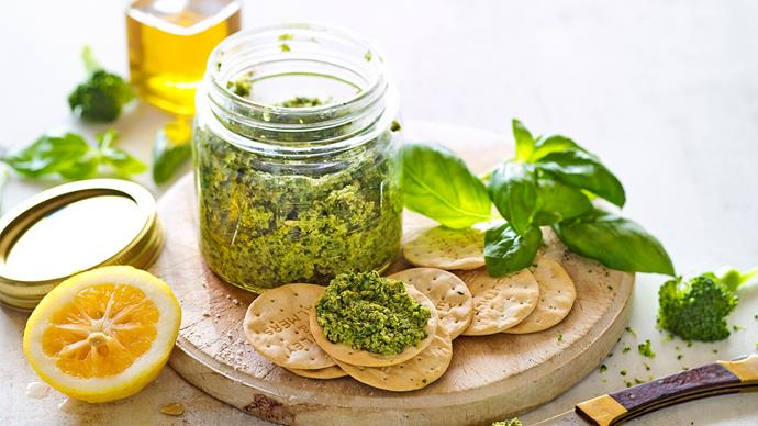 Broccoli and walnut pesto