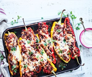 Video: Meatless Mexican stuffed peppers