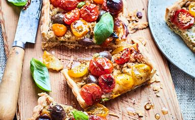 Tomato and smoked cheese tart