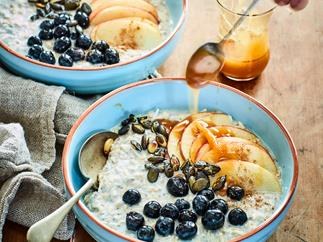 Overnight apple oats