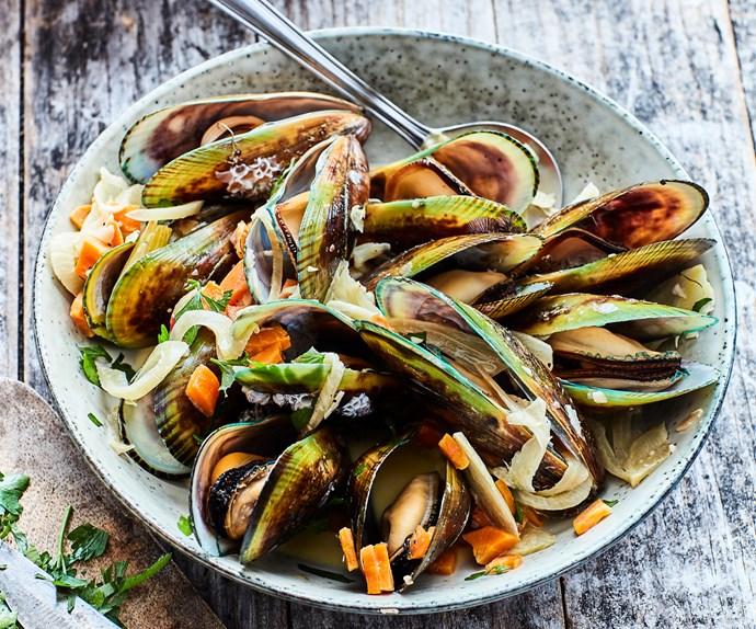 Creamy mussel pot