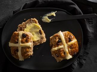 No-knead hot cross buns