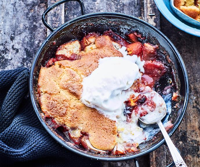 Jammy tamarillo and apple pudding