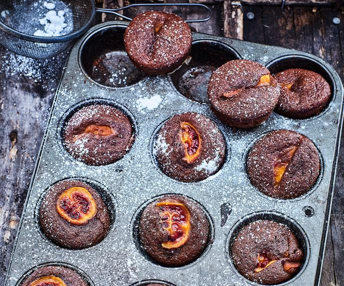 Little tamarillo cakes
