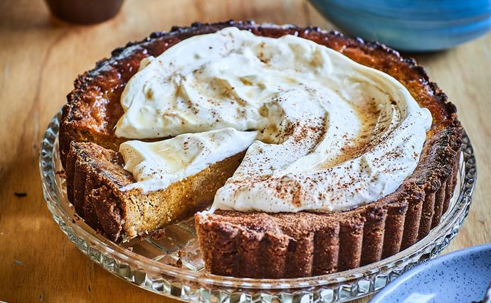 Spiced pumpkin pie with maple crème