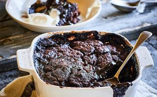 Rum chocolate self-saucing pudding