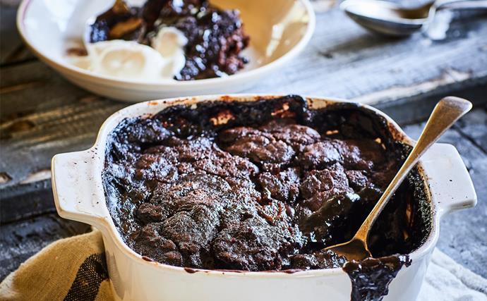 Rum chocolate self-saucing pudding