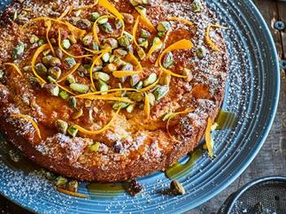 Gluten-free lemon and grapefruit honey cake
