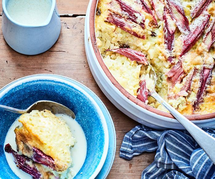 Baked rhubarb rice pudding