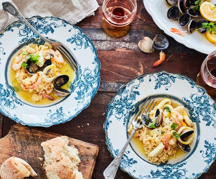 Risotto with seafood and saffron
