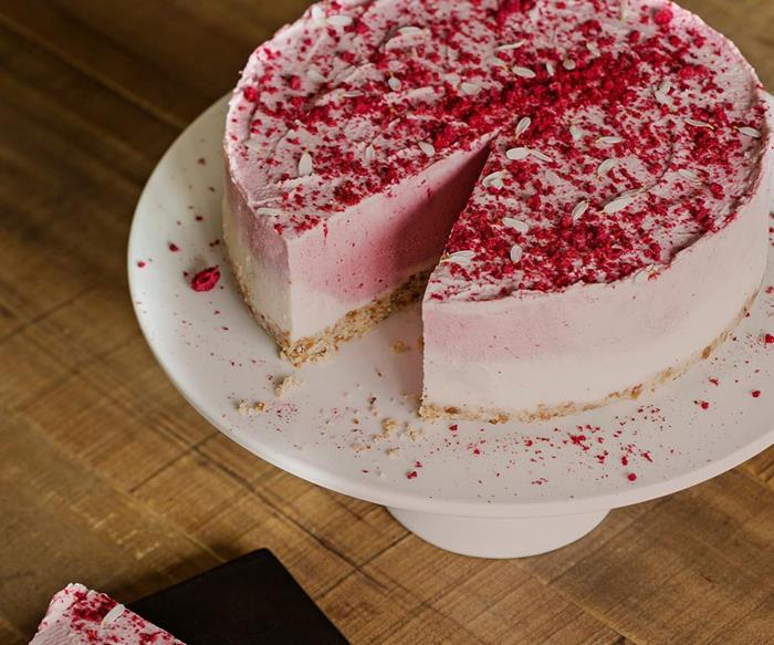 20 cheesecake recipes that would make a gorgeous Christmas dessert