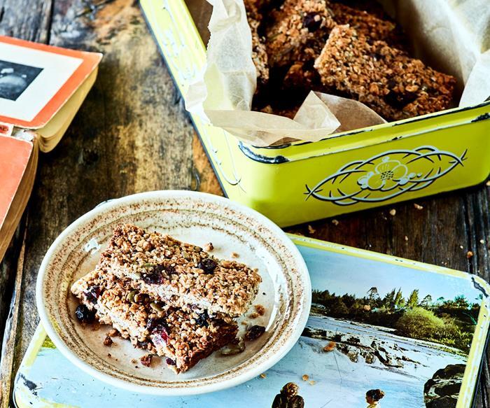 Sweet cranberry & hemp seed muesli bars