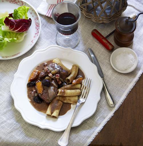 "[Beef daube](https://www.gourmettraveller.com.au/recipes/browse-all/beef-daube-10095|target=""_blank"")"