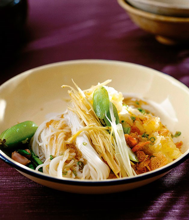 "[**Pineapple and dried prawns with kanom jin noodles (Kanom jin sao nahm)**](https://www.gourmettraveller.com.au/recipes/chefs-recipes/david-thompson-pineapple-and-dried-prawns-with-kanom-jin-noodles-kanom-jin-sao-nahm-7363|target=""_blank"")"