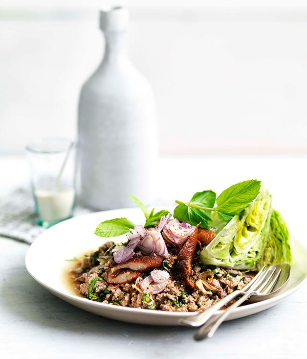 Larb ped (minced duck salad)