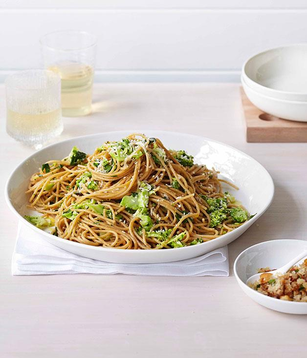 "[**Broccoli and parmesan spaghetti with prosciutto crumbs**](https://www.gourmettraveller.com.au/recipes/fast-recipes/broccoli-and-parmesan-spaghetti-with-prosciutto-crumbs-13359|target=""_blank"")"